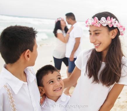 portrait cancun family