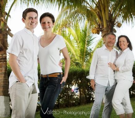 professional photographers family photos cancun