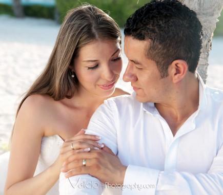 cancun love photography
