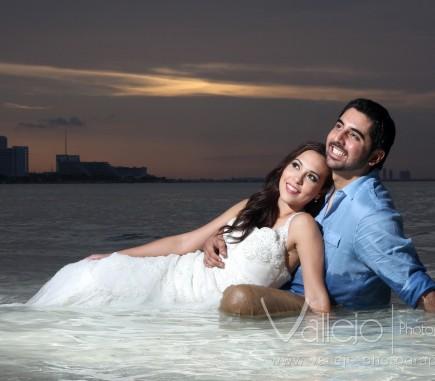 beach romantic photo cancun