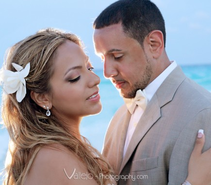 wedding beach photos cancun