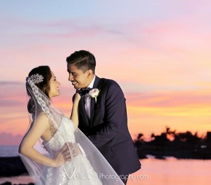 Professional Photographers Cancun Wedding