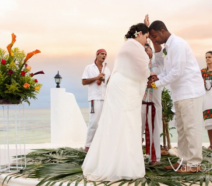 Professional Wedding Photographers Cancun