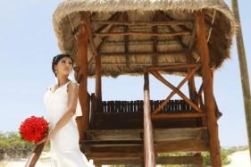 wedding photo cancun