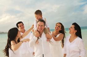 Family Photos Cancun