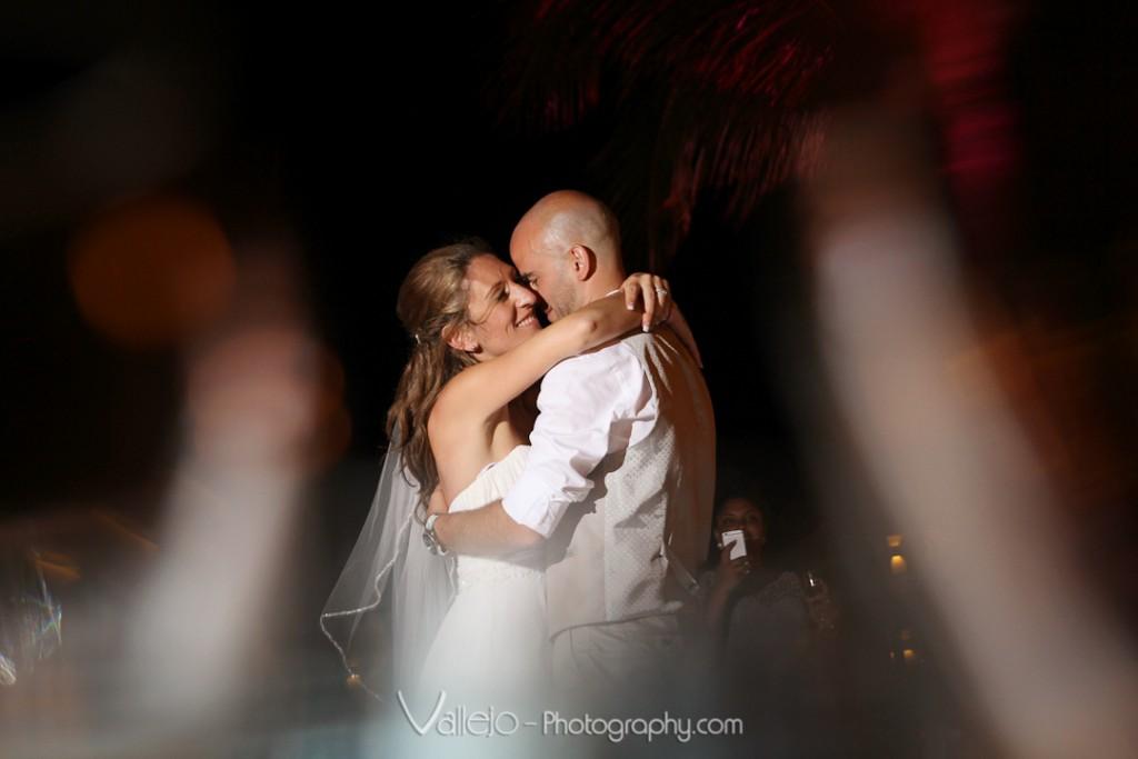 wedding photos cancun