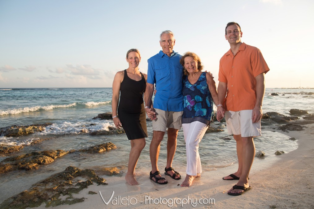 grandparents-and-sons-cancun